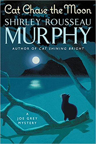Review: Cat Chase the Moon by Shirley Rousseau Murphy